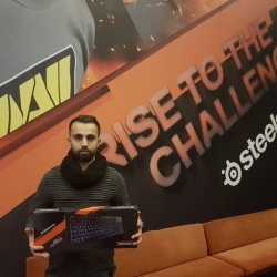 Rıdvan Simil - SteelSeries Apex 100 Klavye